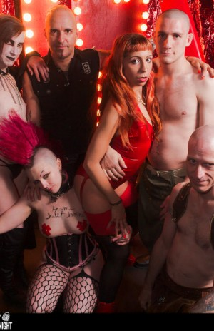 We absolutely love it when Sinners get group photos ;)
